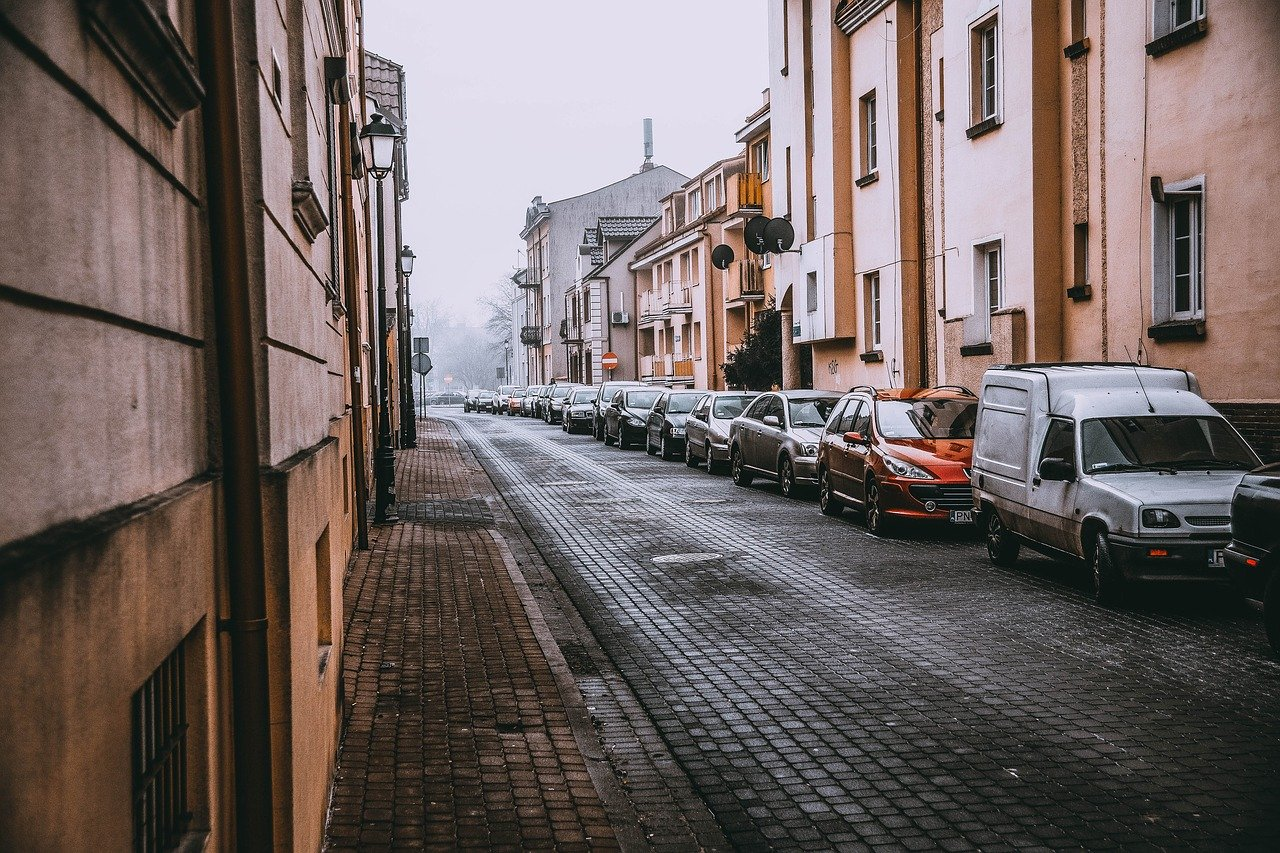 Leere Straße photo